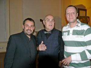 Michael Kirchschlager, Sachbuchautor Armin Rütters und der Vorsitzende des Kriminalia-Fanclubs Thomas Matterne (v.l.n.r., Foto Erich Koch)